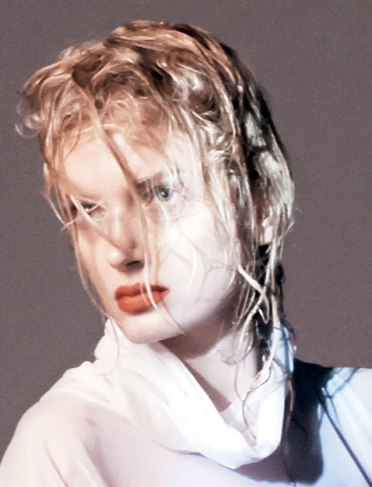 YOHJI-YAMAMOTO-david-sims-for-love-magazine-14-fall-winter-2015-12