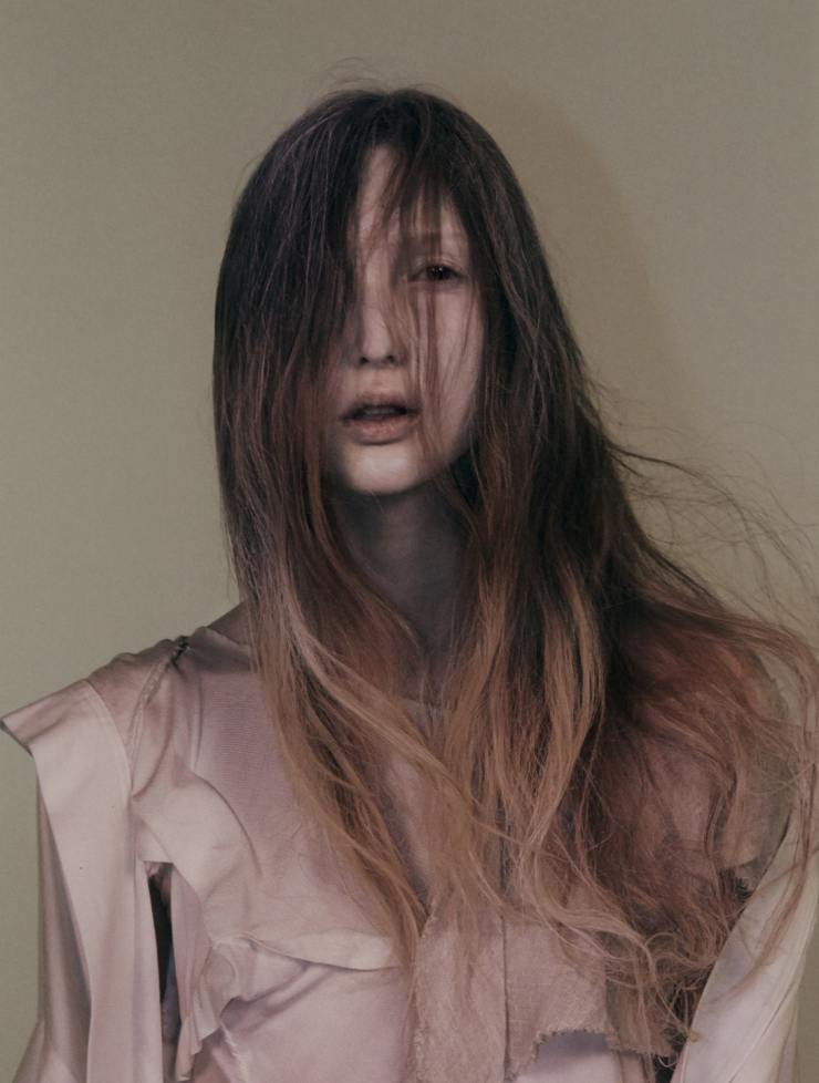 YOHJI-YAMAMOTO-david-sims-for-love-magazine-14-fall-winter-2015-14