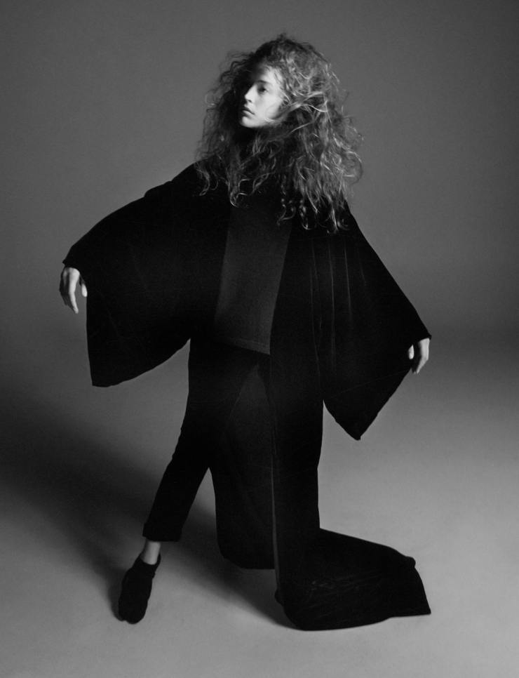 YOHJI-YAMAMOTO-david-sims-for-love-magazine-14-fall-winter-2015-15