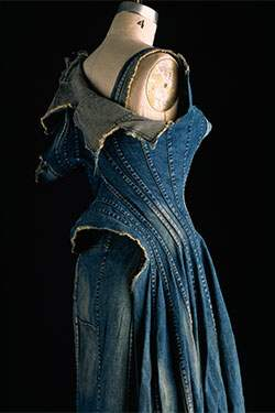Denim_Fashion-s_Frontier-2006.55.1-375