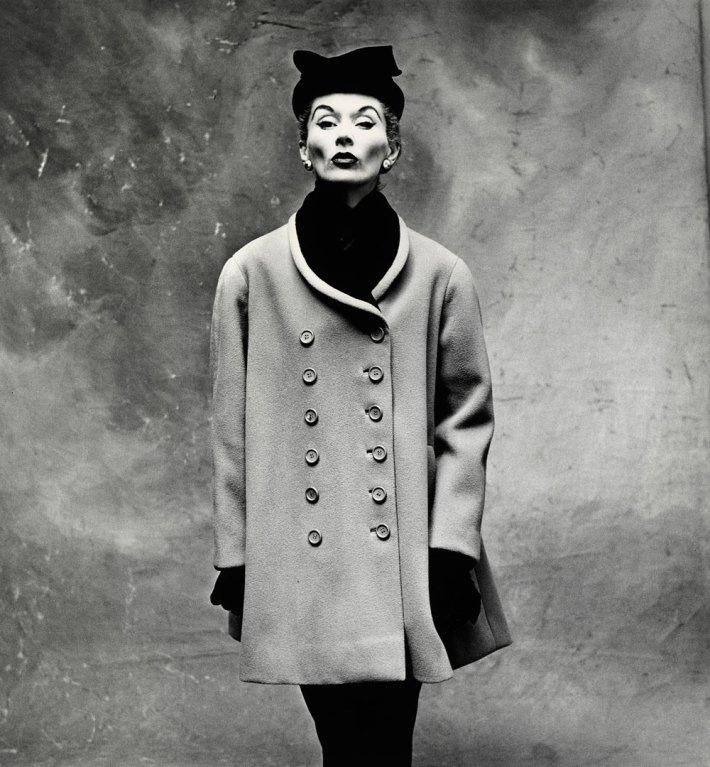 irving-penn-balenciaga-little-great-coat