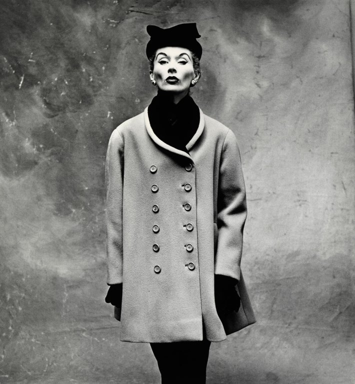 irving-penn-balenciaga-little-great-coat