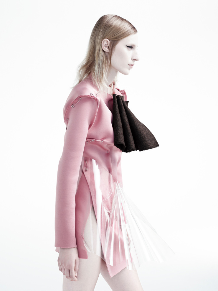 julia-nobis-by-willy-vanderperre-for-document-journal-fallwinter-2015-4