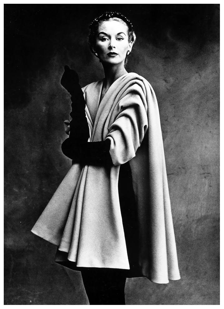lisa-fonssagrives-in-coat-by-balenciaga-photo-by-irving-penn-paris-vogue-sept-1-1950