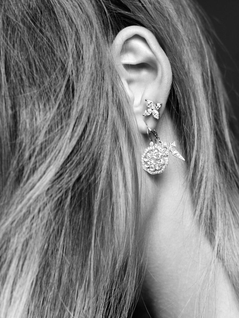 CR_EarringsCarine_AlexandraUtzmann-02