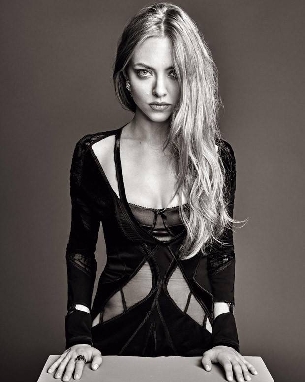 Amanda-Seyfried-Madame-Figaro-02-620x775