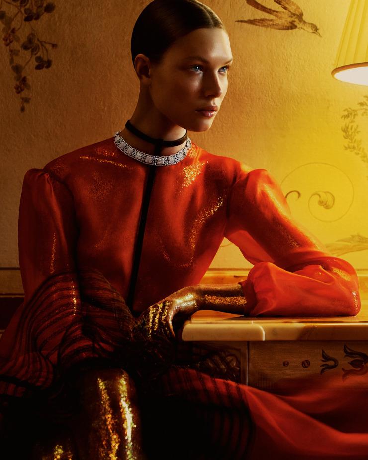alexandra-martynova-by-andrew-yee-for-how-to-spend-it-magazine-november-2015-6