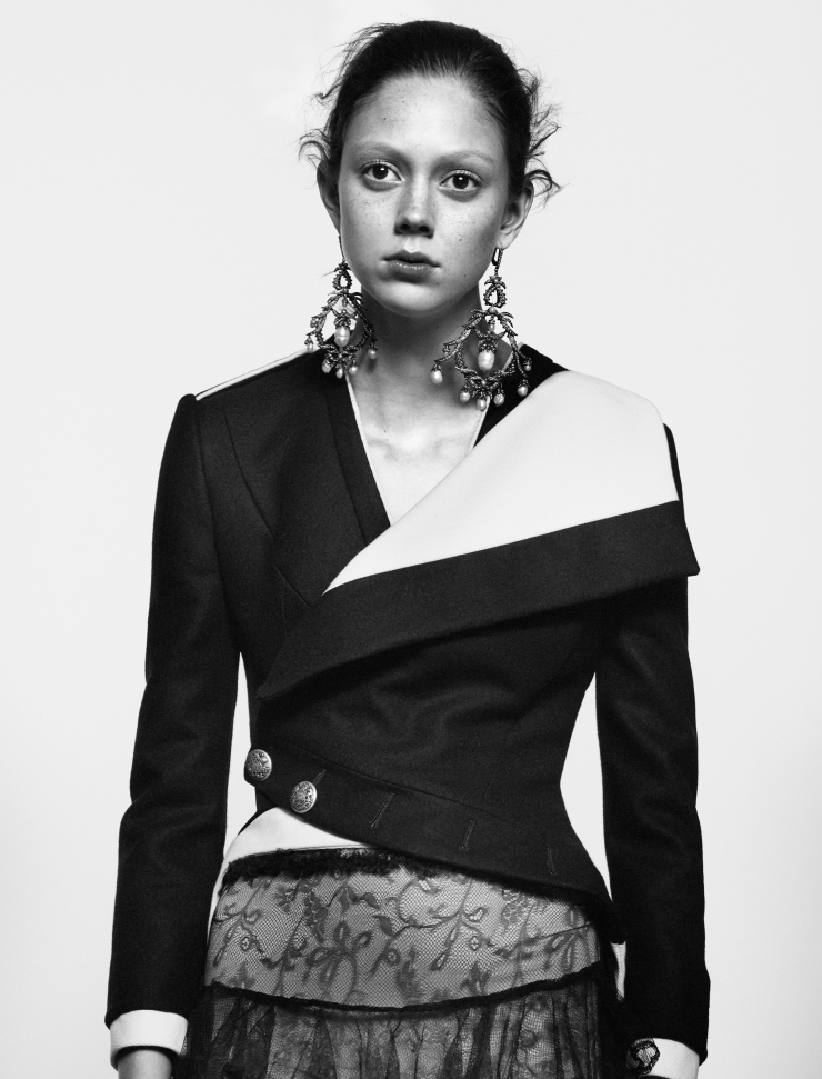 natalie-westling-by-david-sims-for-alexander-mcqueen-spring-summer-2016