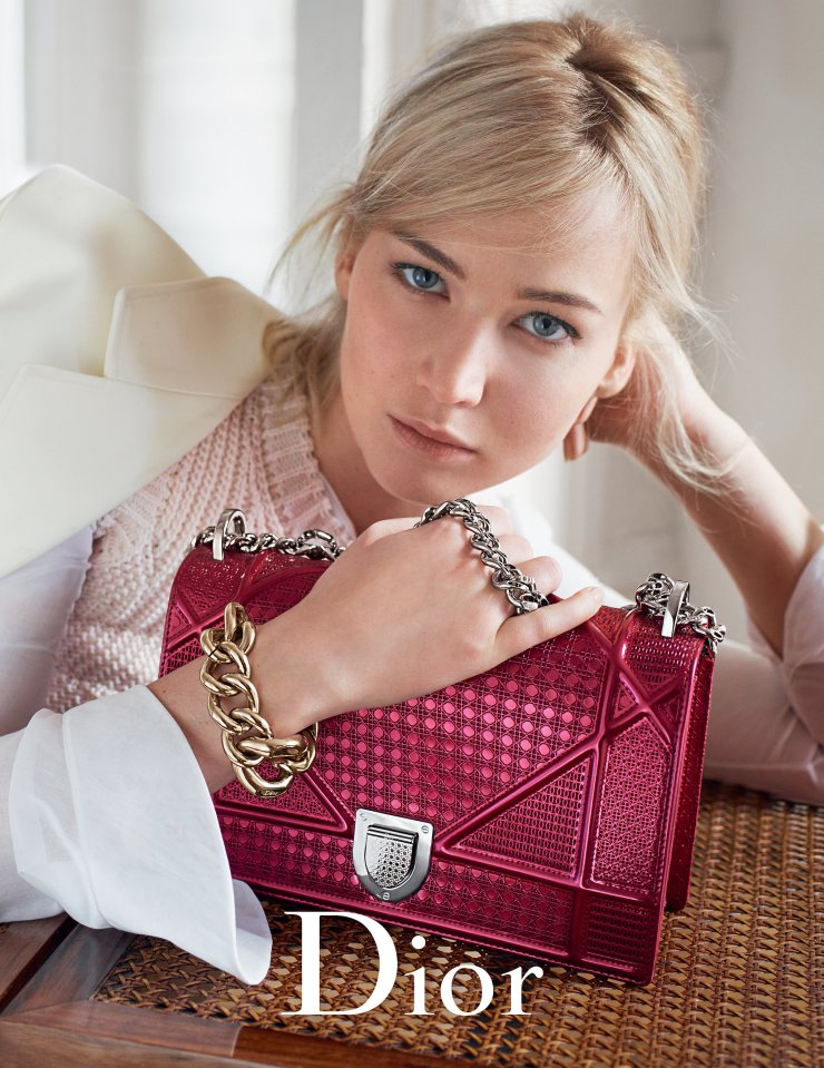 jennifer-lawrence-by-mario-sorrenti-for-dior-handbags-spring-summer-2016-3