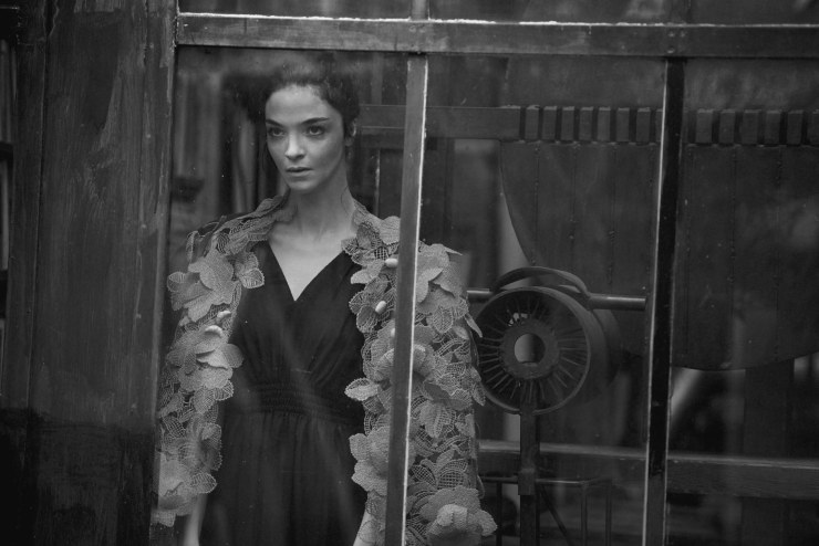 mariacarla-boscono-by-peter-lindbergh-for-vogue-italia-march-2016-13