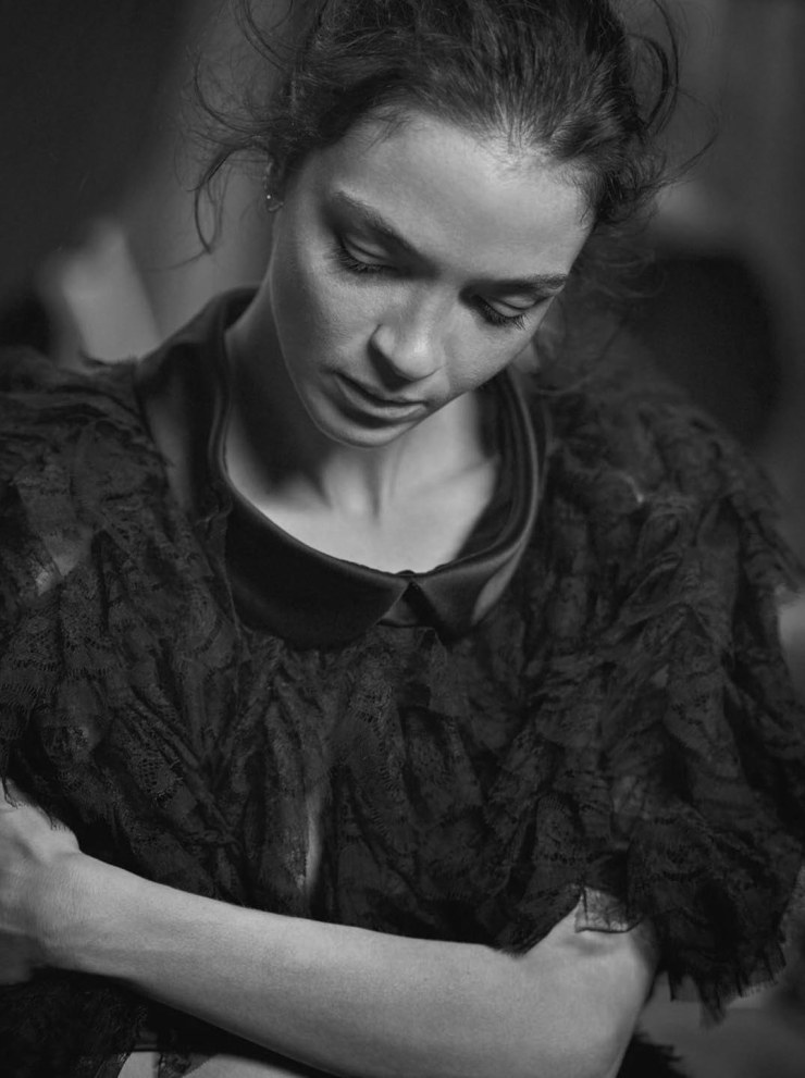 mariacarla-boscono-by-peter-lindbergh-for-vogue-italia-march-2016-15