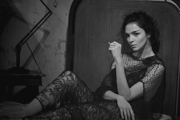 mariacarla-boscono-by-peter-lindbergh-for-vogue-italia-march-2016-17