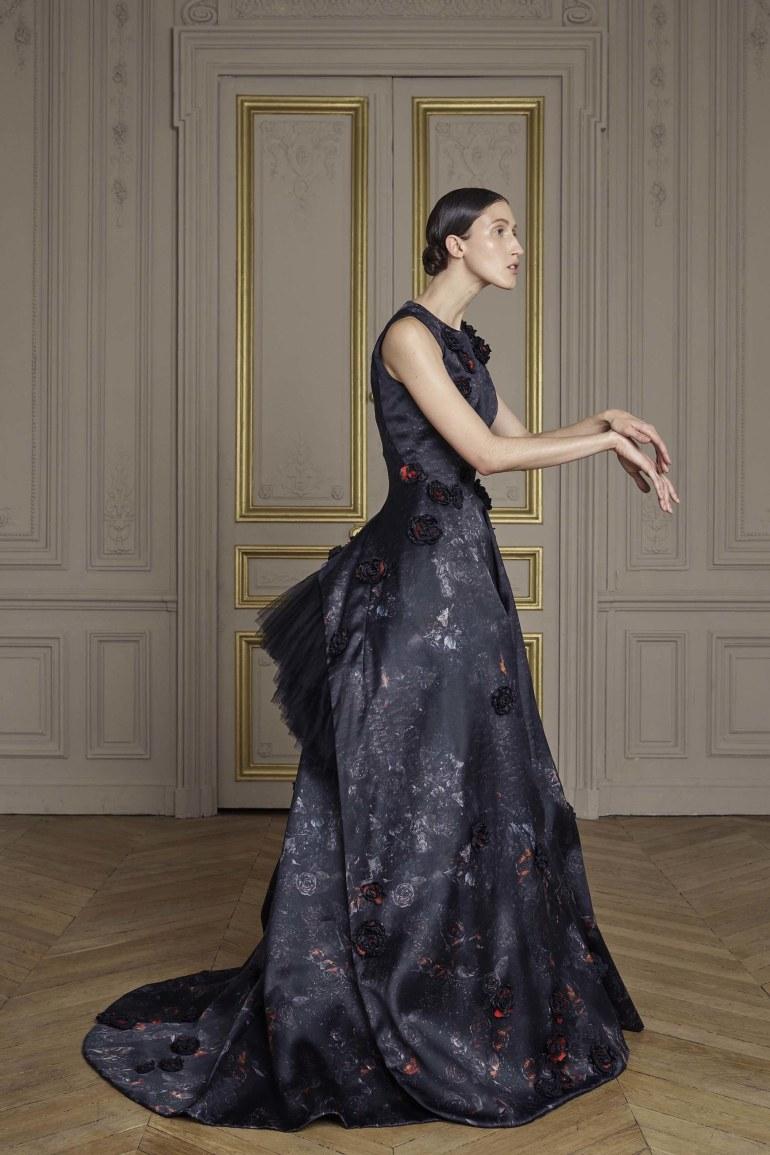 20-giles-deacon-couture