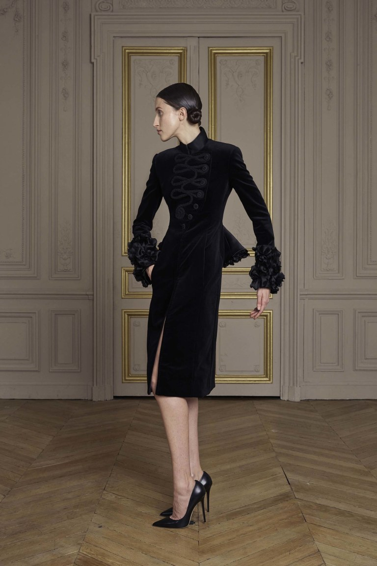 22-giles-deacon-couture