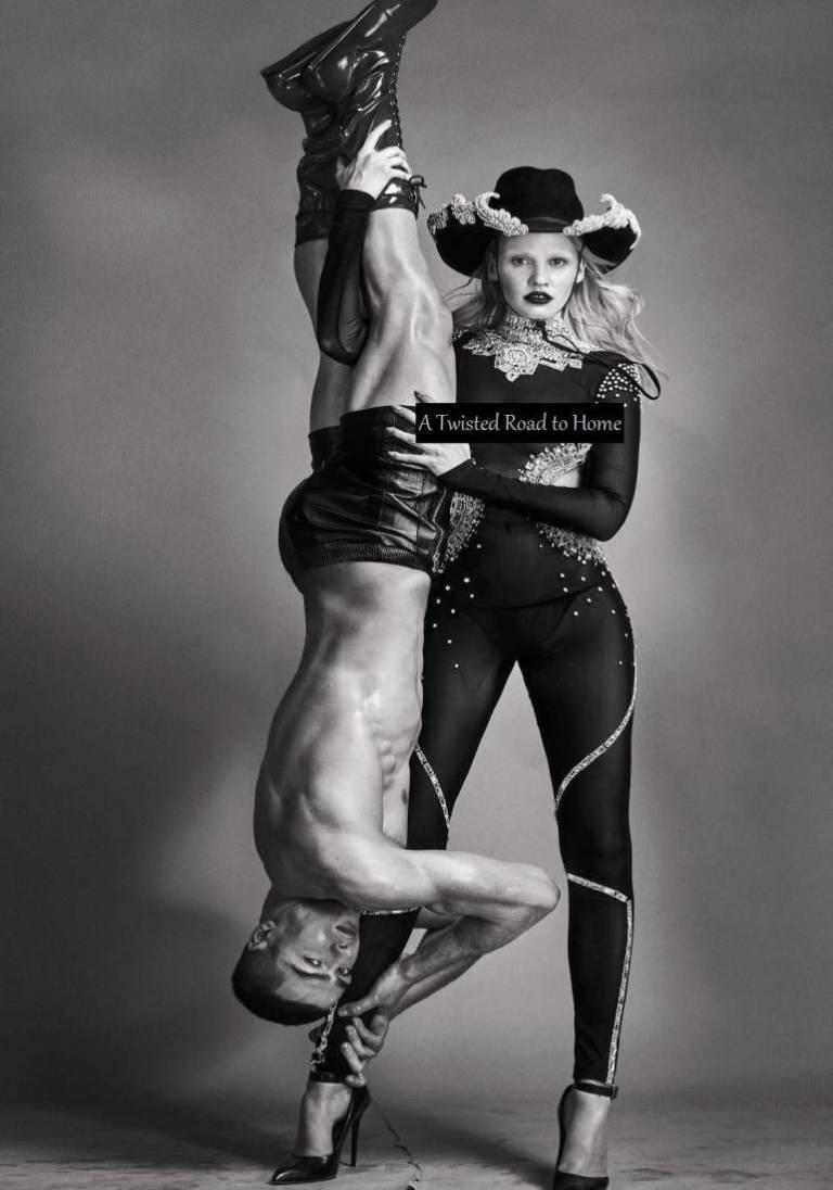 Vogue-Italia-August-2016-Lara-Stone-by-Steven-Klein-00c-1