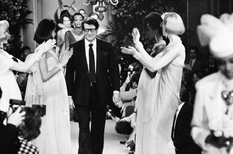 yves_saint_laurent-catwalk-models-the-dapifer