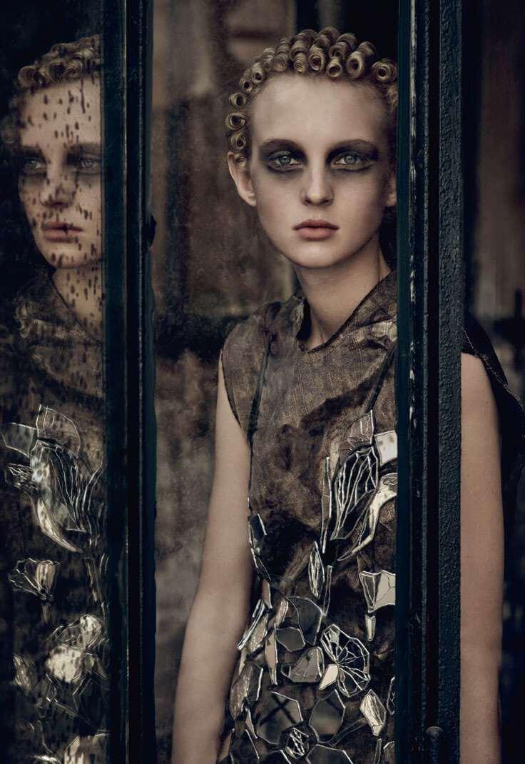 industrie-magazine-9-fall-2016-maison-margiela-08
